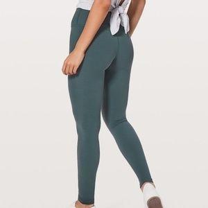 "Lululemon Align Pant 28"" Gravity Size 6"
